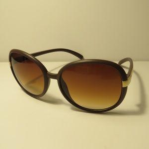 Tahari Sunglasses Brown Frames TH106